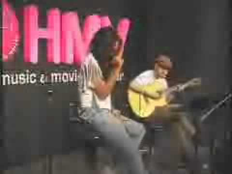 Crystal Kay - 5th Anniversary Special Acoustic Live at HMV.