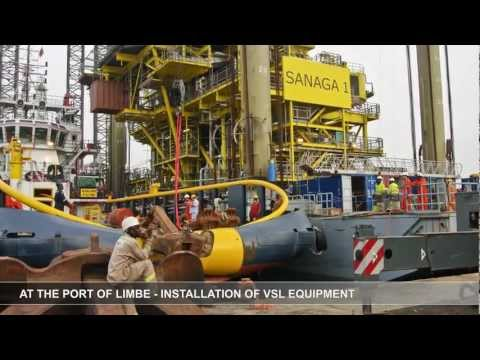 VSL Heavy Lifting:Sanaga Leg Barge, Cameroon - Lifting of the hull
