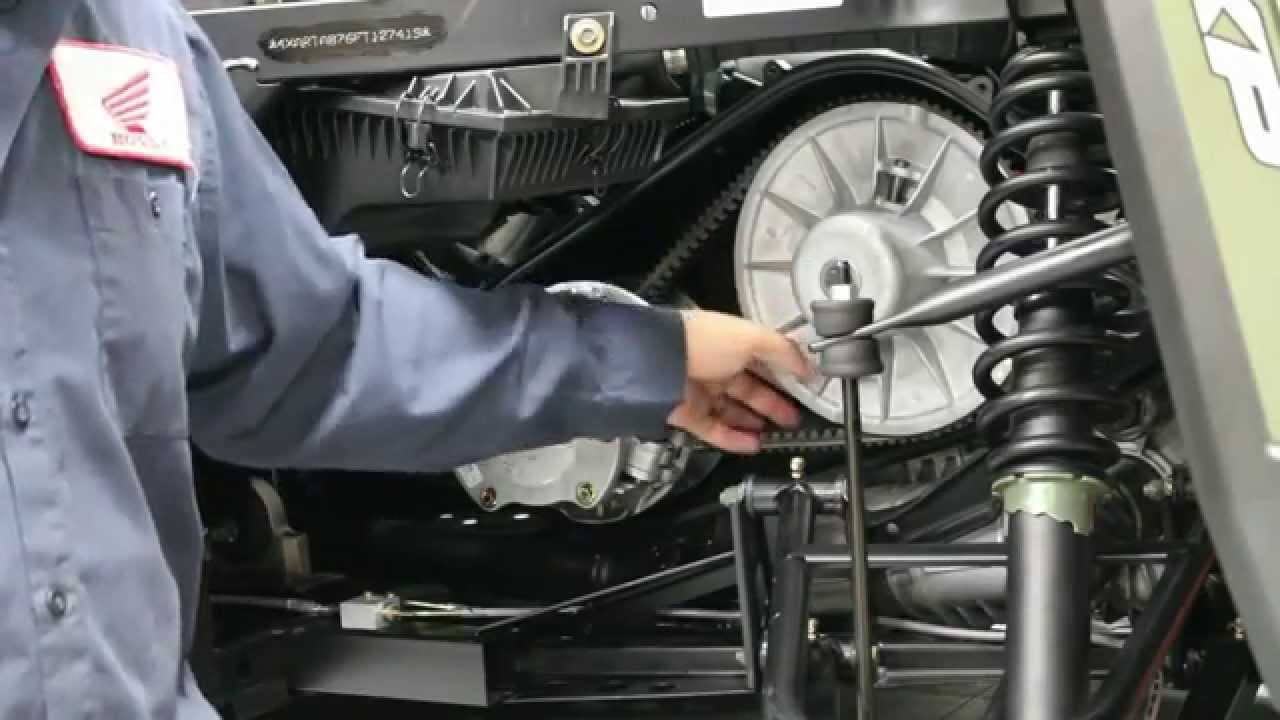 How to change a belt on a 2015 Polaris Ranger 900 XP - YouTube