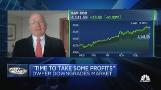 'Time to take some profits,' says Canaccord's Tony Dwyer, who downgrades market ahead of earnings