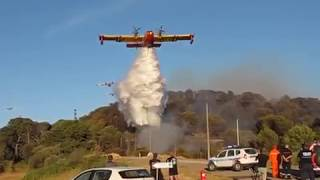 Rare: Noria de 9 canadairs  sur le feu de Port de Bouc 10 août 2017