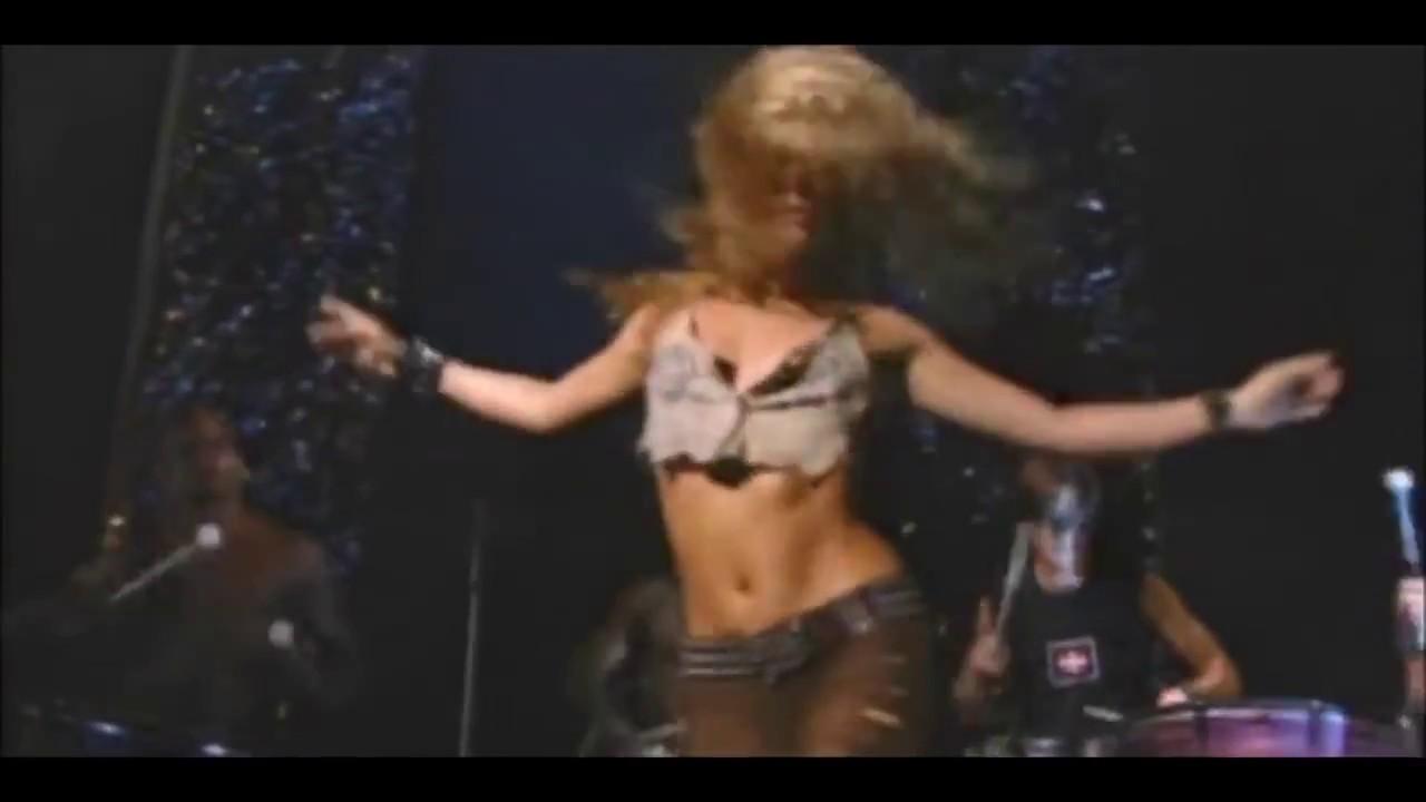 Download Objection (Tango) (Afro-Punk Version) (Ao Vivo no VMA - 29/08/2002)