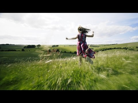 Tom Rosenthal - Run For Those Hills, Babe (Official Music Video)