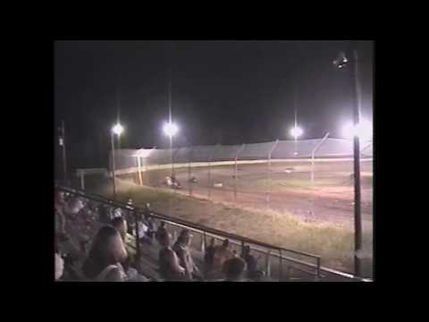 Non-Wing Heat Race At 105 Speedway In Cleveland, TX