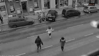 """Polizist wird mitten in Wien auf offener Straße verprügelt - Filmausschnitt aus """"Rudolf"""""""