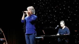 Jon Bon Jovi - Thank You For Loving Me - Runaway Med - 1st Acoustic