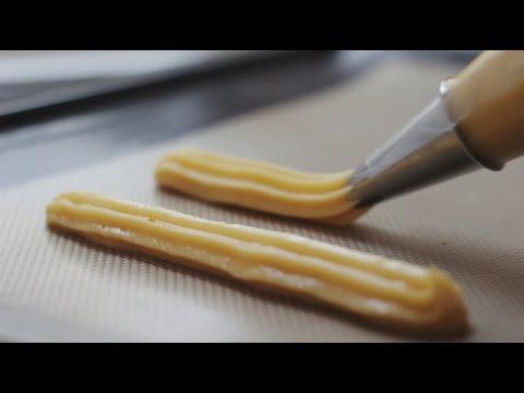 Base de la Pâtisserie : Apprendre à réaliser une Pâte à Choux craquante !