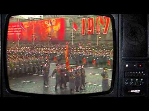 1975г. Парад 7-го ноября. Старый телевизор