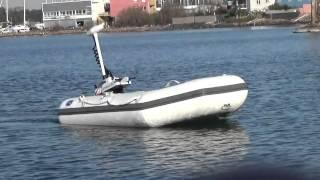 Moteur hors-bord électrique Haswing CaymanB 55 Lbs sur annexe DBI 225L
