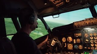 Private Pilot Flying an Airliner - Take off & Stall - 737-200 full motion Level D sim