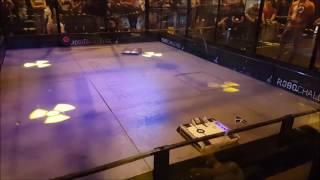 Omega vs Django - Robot Arena @ Insomnia Gaming Festival