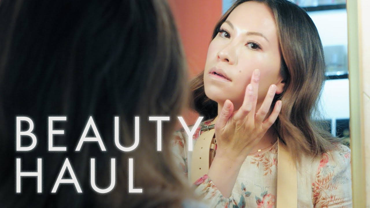 Watch Nam Vo's Four-Step Routine for the Perfect Glow | Beauty Haul | ELLE