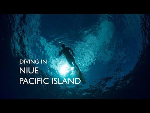 Diving in Niue