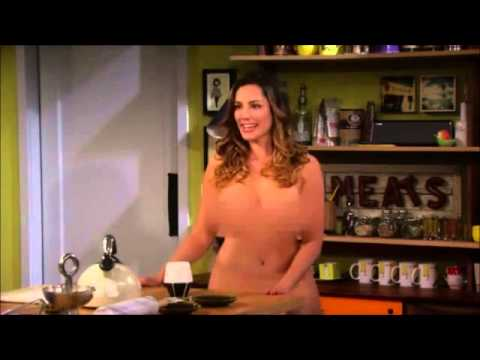 Kelly Brook Walks Around Naked Blurred One Big Happy