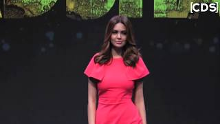 HOT Esha Gupta Goes Pantyless In Her New Photoshoot 2017