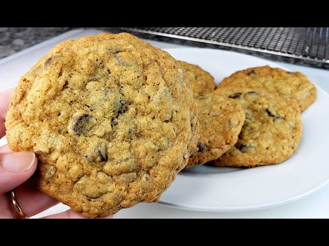 doubletree-cookie-recipe- -fresh-baked-chocolate-chip-cookies