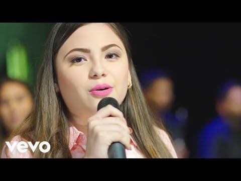 Valentina Elizalde, Gabriela Elizalde, Valeria Elizalde - Sobre La Tumba De Mi Padre