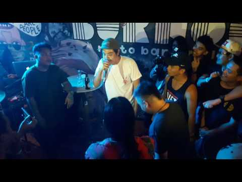 LIL JOHN of FLIPTOP vs ILOILO and AKLAN rappers ( freestyle rap battle )