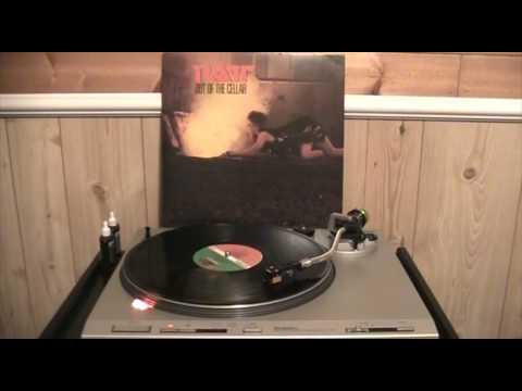 Ratt - Round and Round (Vinyl)