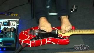 Безрукий гитарист, играет ногами (Steve Vai - The Crying Machine )