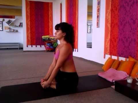 yoga club namaste  simple warm up/ йога за начинаещи