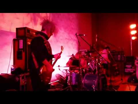 """Melvins Lite """"A History Of Drunks"""" @ Hollywood Forever Cemetery Oct. 24, 2012"""