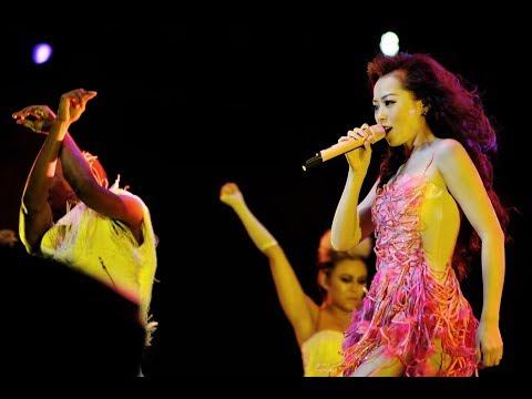 2011-11-26 Jane Zhang Personal Look Concert Pechino