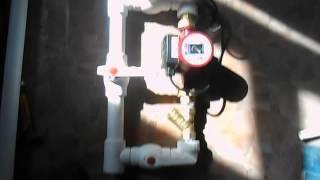 Установка циркуляционного насоса на полипропилен видео(Как смонтировать насос через байпас на полипропиленовые трубы. САНТЕХМОНТАЖ32.РФ., 2014-04-10T14:18:53.000Z)