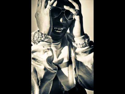 Juicy J Show Out Ft Young Jeezy & Big Sean Download HQ NEW