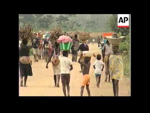 ANGOLA: AID FLIGHTS RESUME