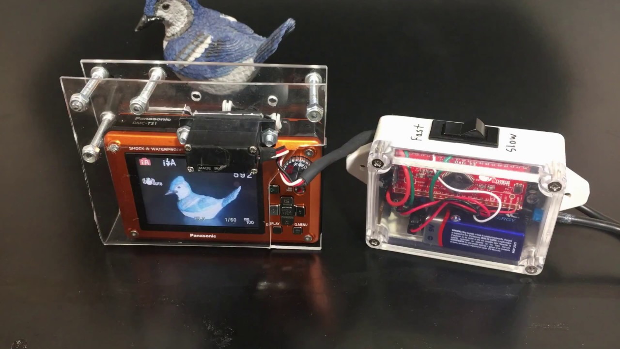 Time Lapse Camera Controlled by a Servo using the Cypress
