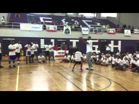 DeMarcus Cousins 1-on-1 with a camper at 2015 DMC Elite Skills Basketball Camp
