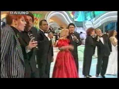 Squadra Italia - Una vecchia canzone italiana - Sanremo 1994.m4v