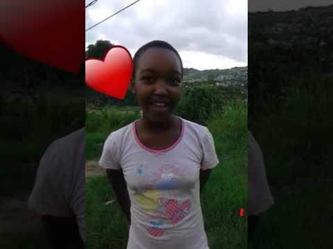 Young girl_ Singing bangihlebile 👏👏