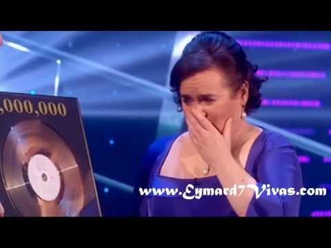 Susan Boyle llora al recibir triple disco de platino