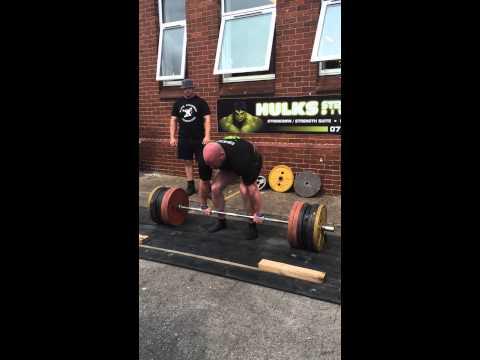 Phil Roberts Deadlift 2nd at Englands Elite Strongman final