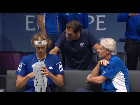 Federer Coaches Zverev on sidelines | Laver Cup 2017