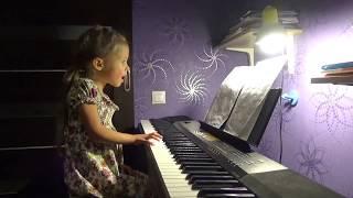 'Мама - первое слово' песня из к/ф МАМА поет Ледянкина Элина