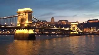 【ブダペスト】 セーチェーニ鎖橋のライトアップ (2)