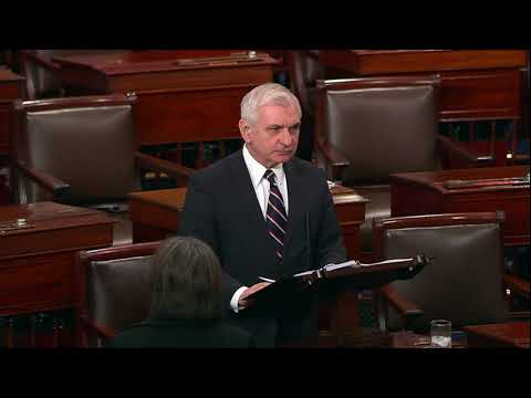 """Senator Reed calls out """"Putin's playbook"""""""