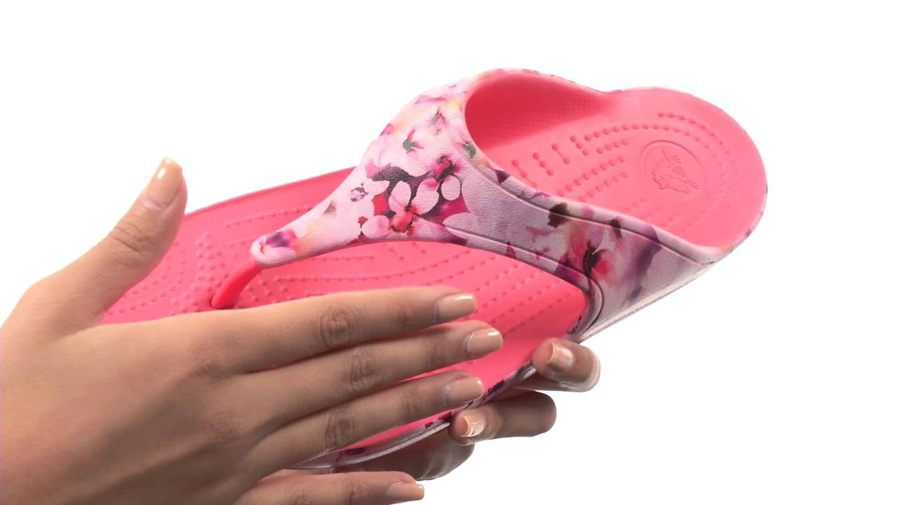 0d792e14358 Crocs Sloane Soft Floral Flip SKU 8648820 - YouTube