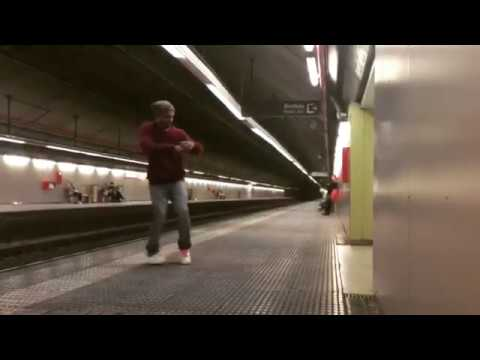 #Dancing on the #metro station #Barcelona #hip-hop #free style