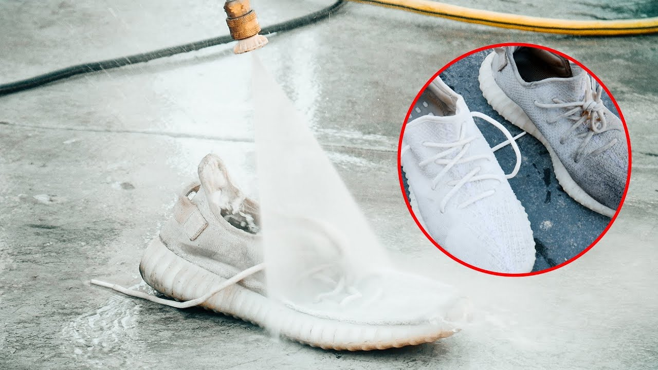 YEEZY'S vs. POWERWASHER ( Good or Bad Idea? )