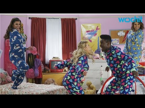 Jodie Sweetin Does 'Full House'Inspired Performance