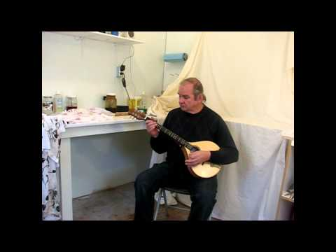 The Walkaround Dulcimer