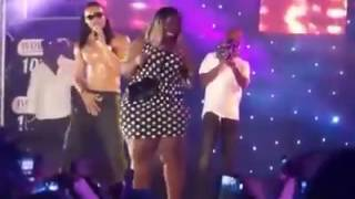 "Flavour brings up a fan to ""shake ukwu"" (whine her waist)"