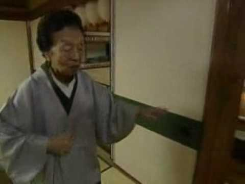 Meet the oldest Japanese Geisha Girl - 98 years old!!