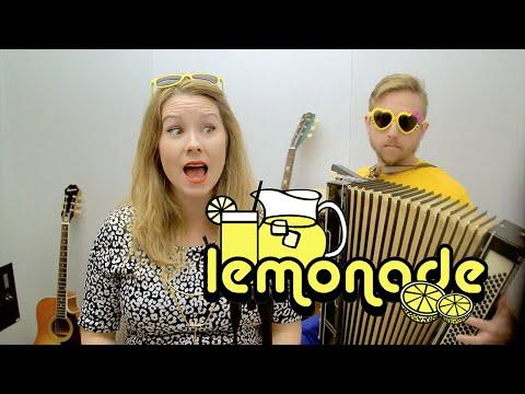 Girl sings all 12 Lemonade songs in one take!?