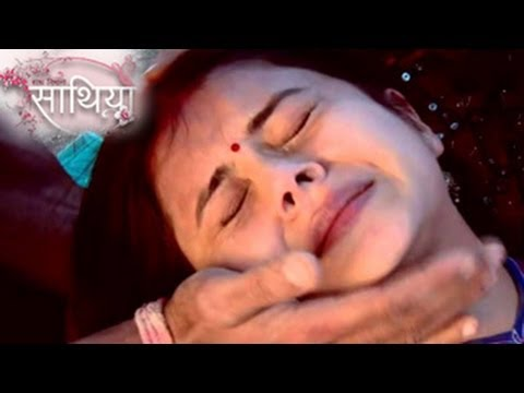 gopi-gets-kidnapped-in-ahem-&-gopi's-saath-nibhana-saathiya-28th-march-2014-full-episode