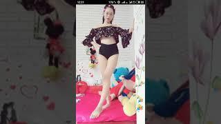 [Bigo live] em gái quá dễ thương show hàng lộ núm. Nhớ xem đến phút thứ 3
